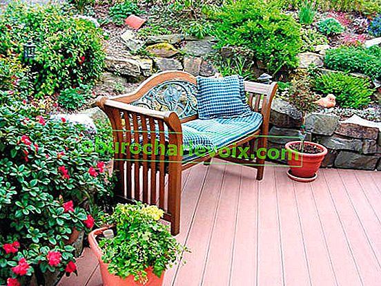 Флорална декорация на тераси